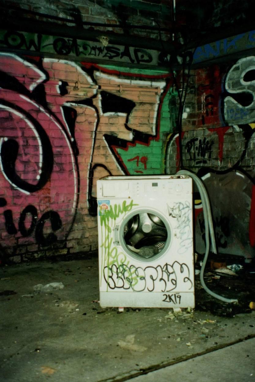 lavatrice, graffiti